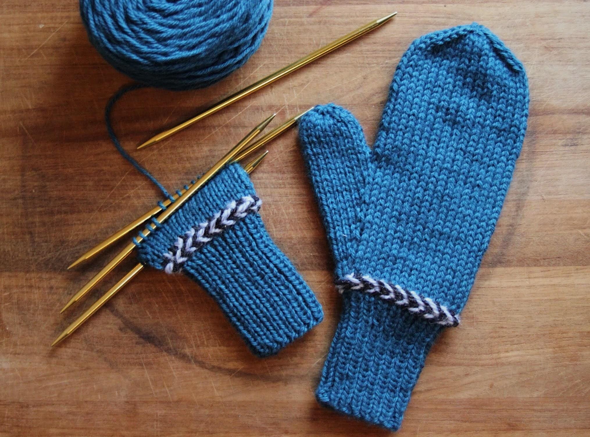 Knitted Mittens Perennial
